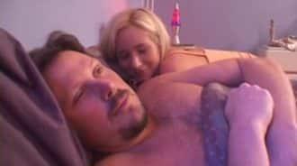 sexo anal matutino con su padre