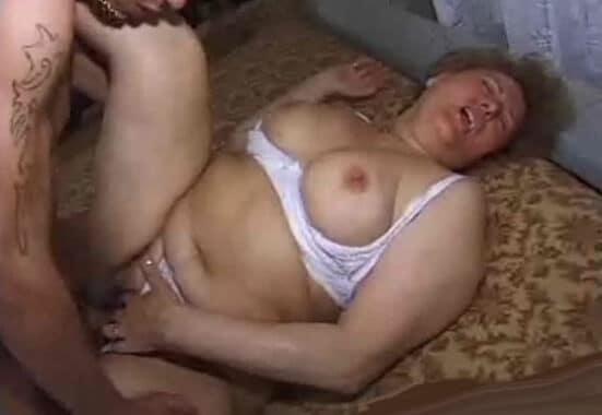 follada extrema a su madre