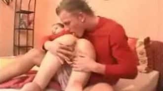 hermanos alemanes solos en casa