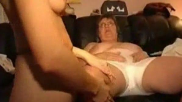 relajese abuela que la voy a masturbar