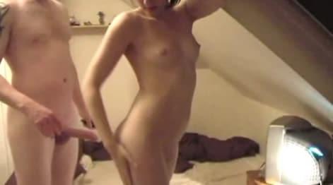 video casero de dos hermanos teniendo sexo