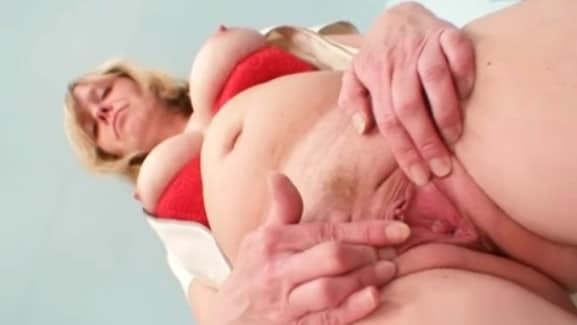 abuela viciosa se conserva de muerte