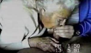 video relacionado eyaculacion real en la boca de mi abuela