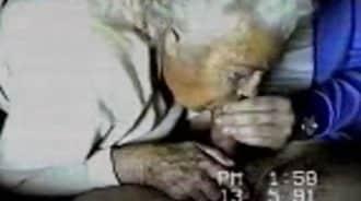 eyaculacion real en la boca de mi abuela