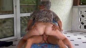 cabalgando tiempo atrás culo abuelita mujeres