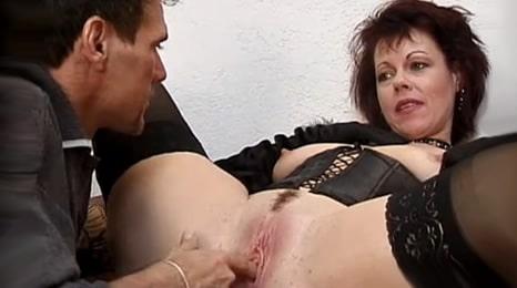 masturbando cara a cara a mi tia