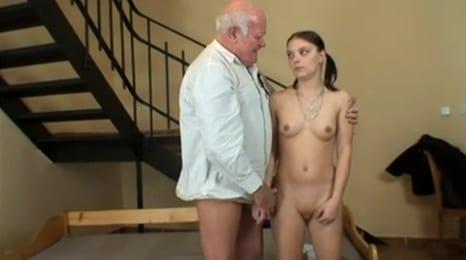 tranquila que el abuelo te pagará las tetas