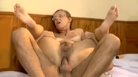 y decia que no le gustaba por el culo…