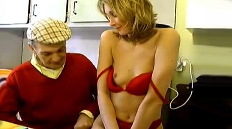 el abuelo esta hecho un conquistador