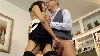 se deja llevar por la experiencia de su abuelo