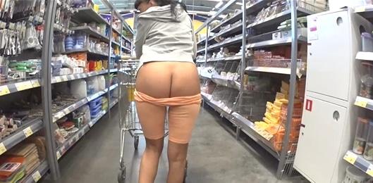 me encanta ir de compras con mi tia