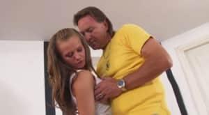 video relacionado Cuando tu hija se convierte en tu vicio secreto