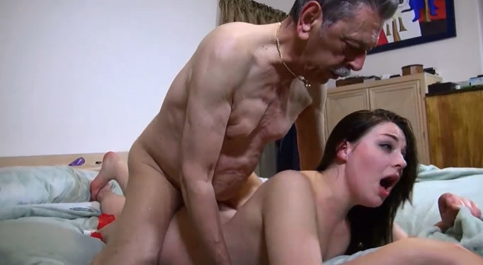Viejitos teniendo sexo
