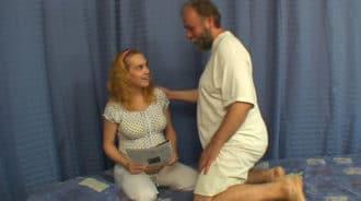 Su hija estaba embarazada, y aun así se la folló